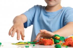 Comment améliorer la motricité fine des jeunes enfants?